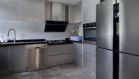 做一套厨房橱柜要多少钱 想省钱那就得这么做
